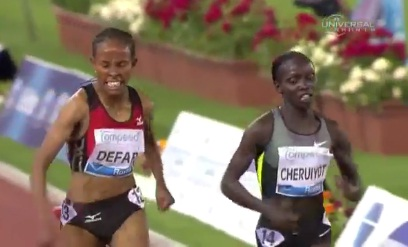 Amazing Battle Between Meseret Defar and Kenyan Cheruiyot in 5K