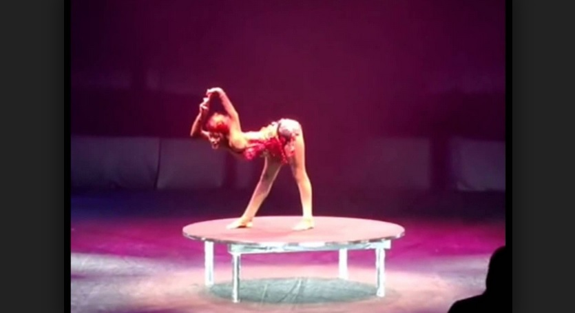Ethiopian Talent - Rahel Metiku Amazing Contortion Act @Germany