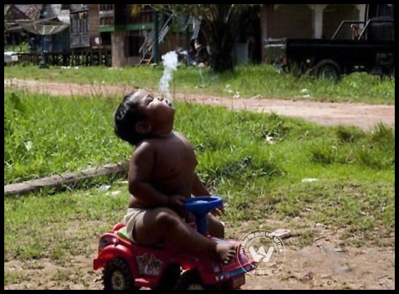 2-Year-Old Boy Smokes 40 Cigarettes a Day