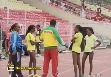 Ethiopian Athletes Tirunesh and Meseret, ready for their competitor Vivian Cheruiyot