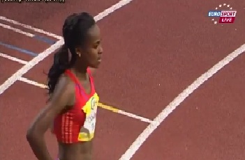 Genzebe Dibaba wins 1500m at 2013 IAAF Indoor Karl