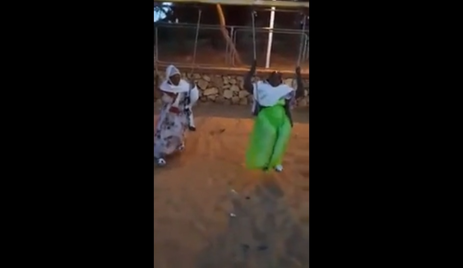 Enjoy Watching Ethiopian Moms Having Fun