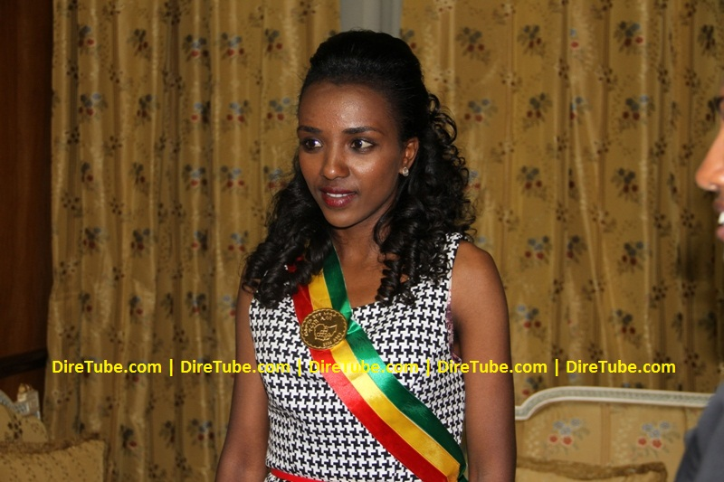 Ethiopia Awards the 2012 London Olympic Gold Medalist Tirunesh Dibaba