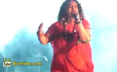 Aster Kebede Performing Live at Weleta Concert