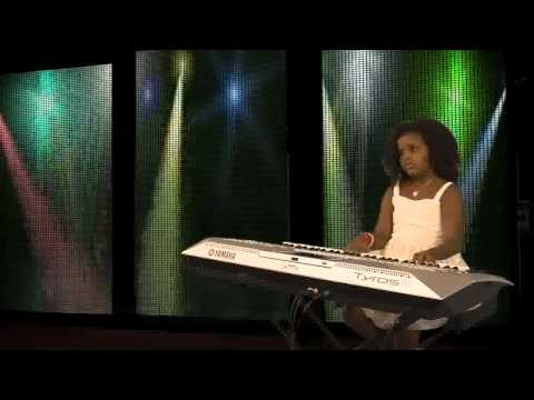 Performes Meskerem - Melat is 7 Years old Ethiopian Girl