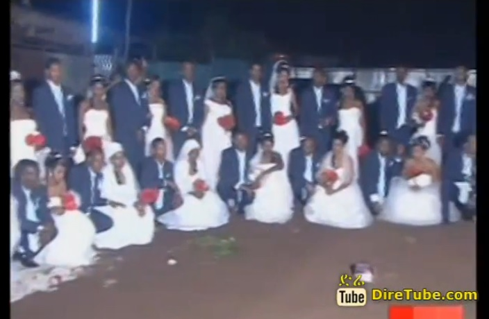 Factory Owner Wed 26 Employee Couples in a Ceremony