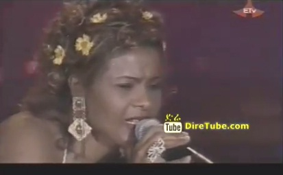 Enkuwan Aderesachu - Live 2004  New Year Festival in Addis