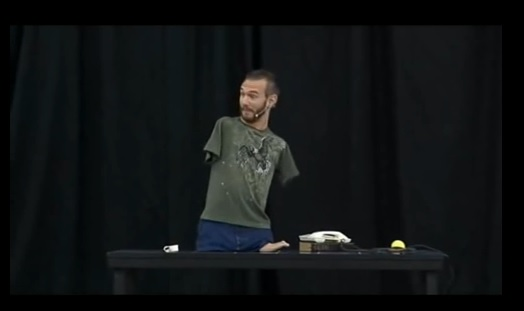 Nick Vujicic - Life Without Limbs