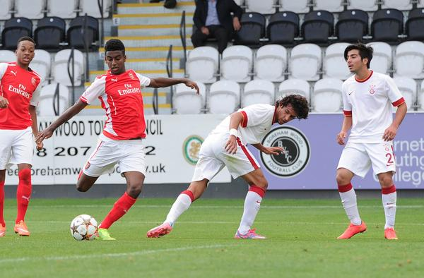 Gedion Zelalem scores first-ever goal for Arsenal, and it's a beauty