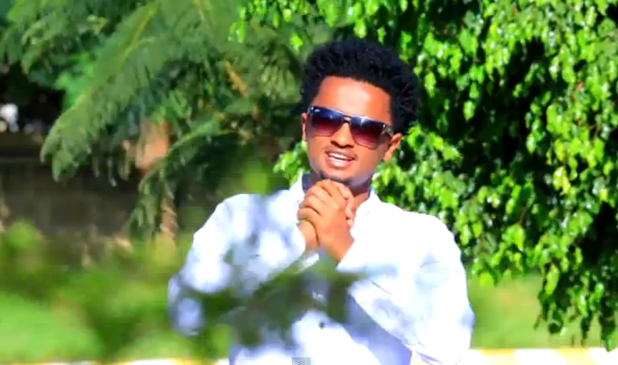Angsoshal (አንግሶሻል) [New Ethiopian Music Video 2015]