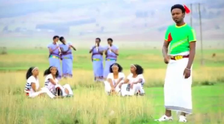 Hariibuu ft Yaanneet Dinquu [New! Afaan Oromo Music]