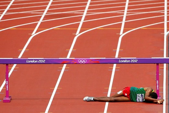 Ethiopia's Athlete Birhan Getahun Collapses During Steeplechase