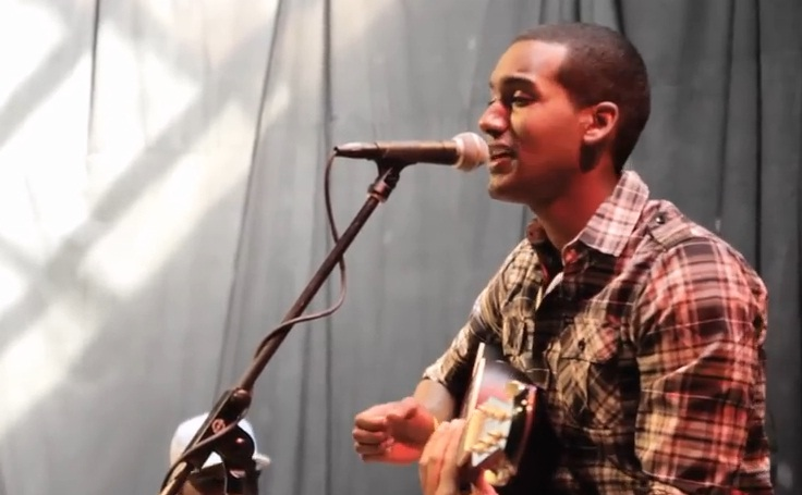 Smile - Great Performance by a Young Ethiopian [Music Video]