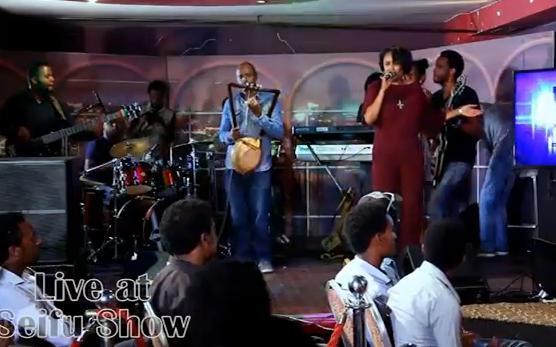 Preforming Live Yefikir Girma On Seifu Show