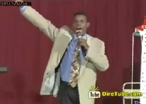 Alemayehu Tadesse Perform on Stage