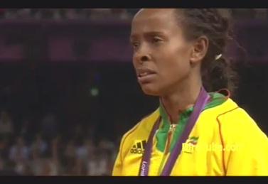 Meseret Defar Cries @Women's 5,000m Medal Ceremony