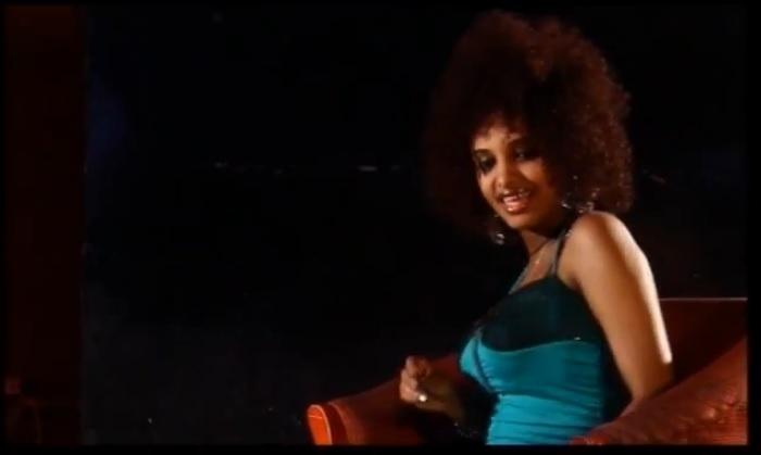 Asamenegn (አሳመነኝ) - [New Ethiopian Music Video 2015]