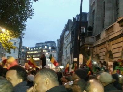 Ethiopians in London protest outside Saudi Arabia embassy