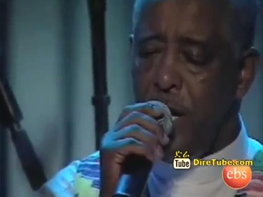 Performing Live - Tizitash Zewetir