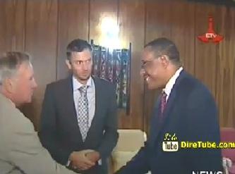 PM Hailemariam Confers  with Britain Delegates