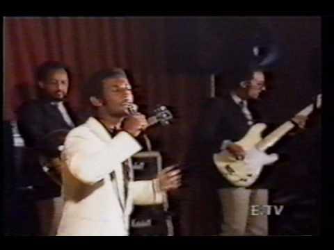 Solomon Tekalegn - Fatuma with Roha Band