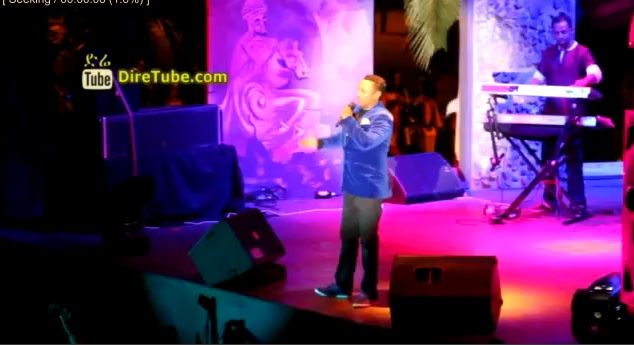 "Teddy Afro - Performes  his Brand New Single ""Wede Fikir"" at Ghion Hotel Last night"