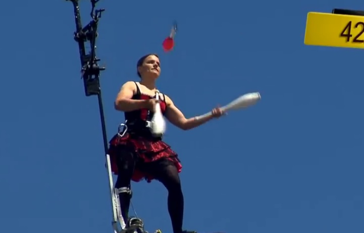 Guinness World Records - Crazy High Altitude Juggling!