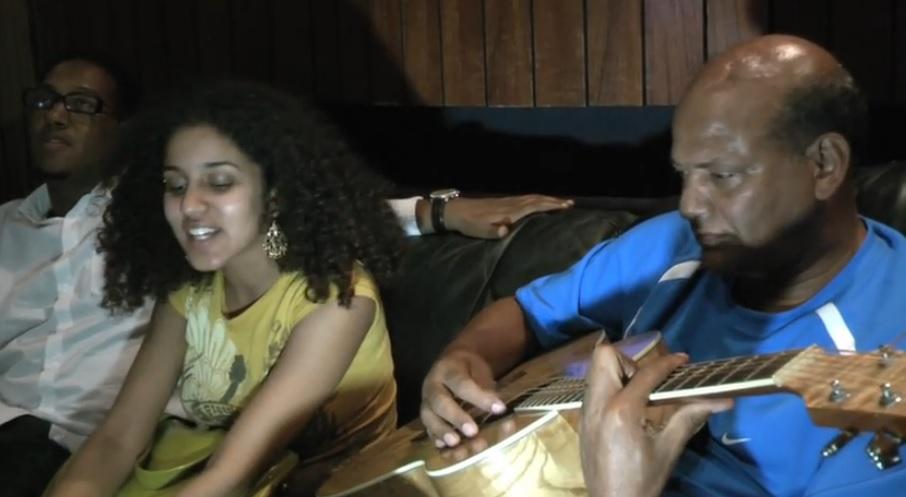 Home Video - Zewdy & Habte Singing & Playing Endaygedlegn by Zeritu Kebede